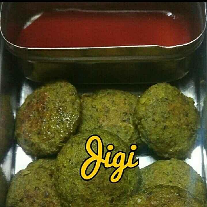 Photo of Palak ki patties by Jigisha Jayshree at BetterButter