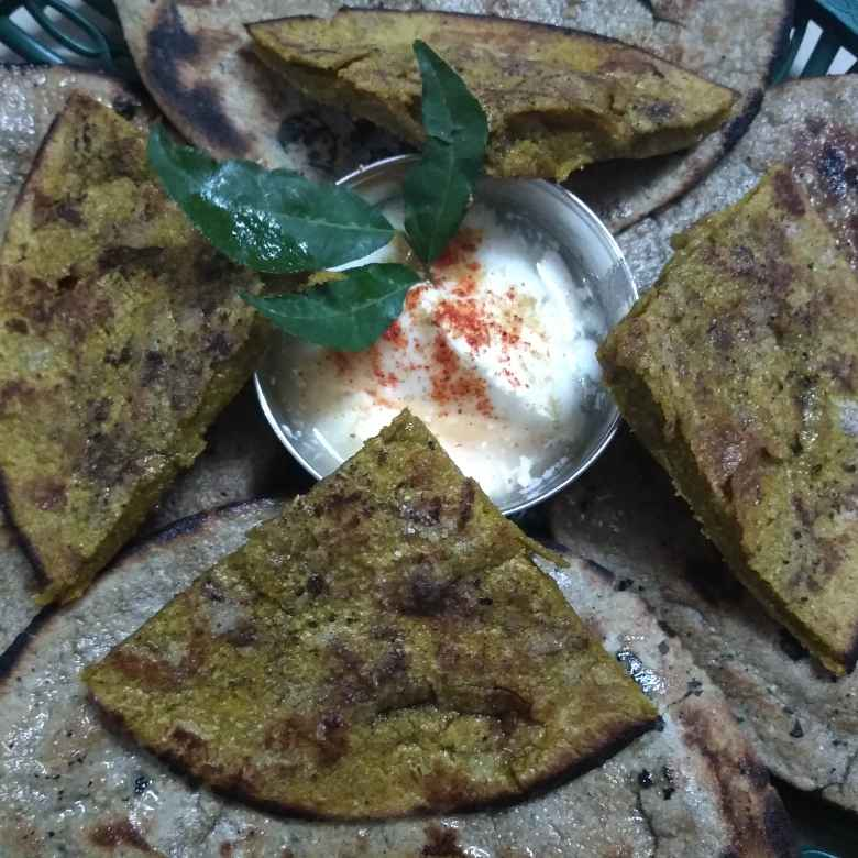 Photo of Msala bajara ki roti by jigna jivani manek at BetterButter