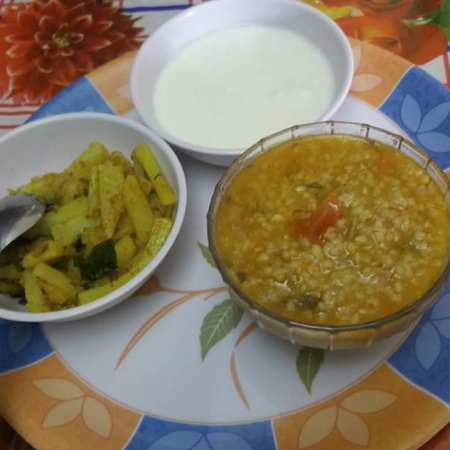 Photo of Vegetable daliya with coriander aloo an curds by Jiya Rohit Makhija at BetterButter