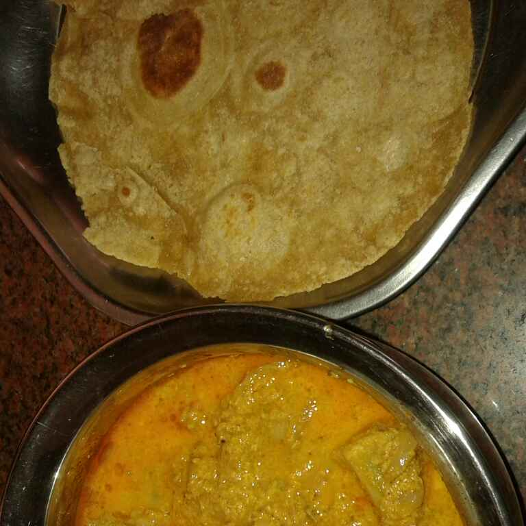 Photo of Chapatti with Gobi Gravy by jothi durai at BetterButter