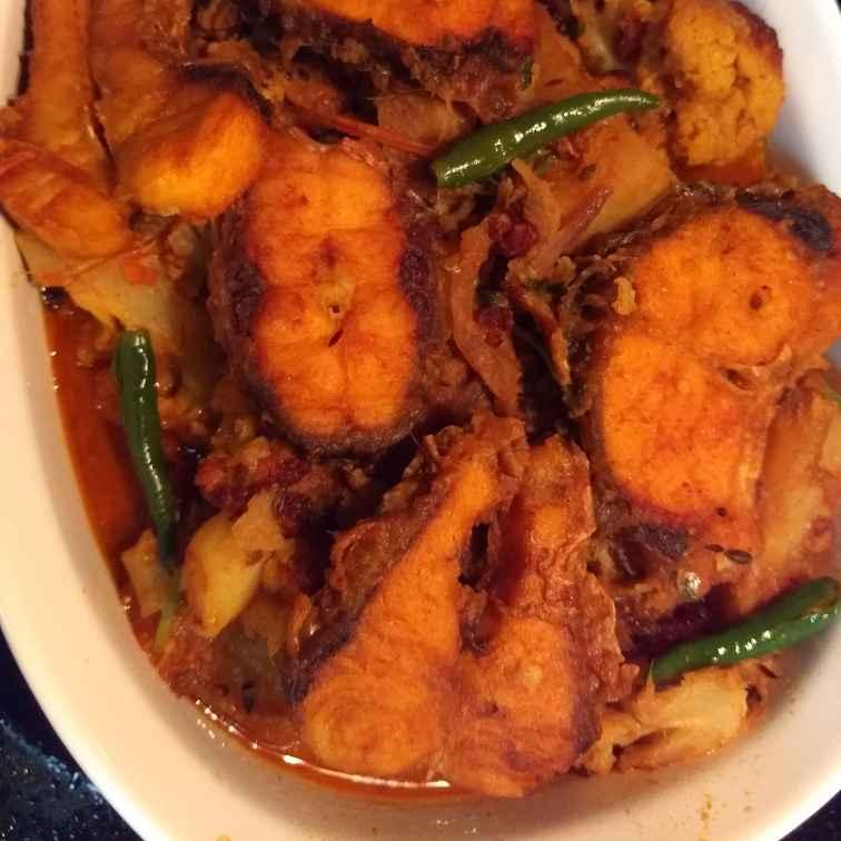 Photo of Bengali Style Fish Stew with Cauliflower by Joyeeta Pal at BetterButter