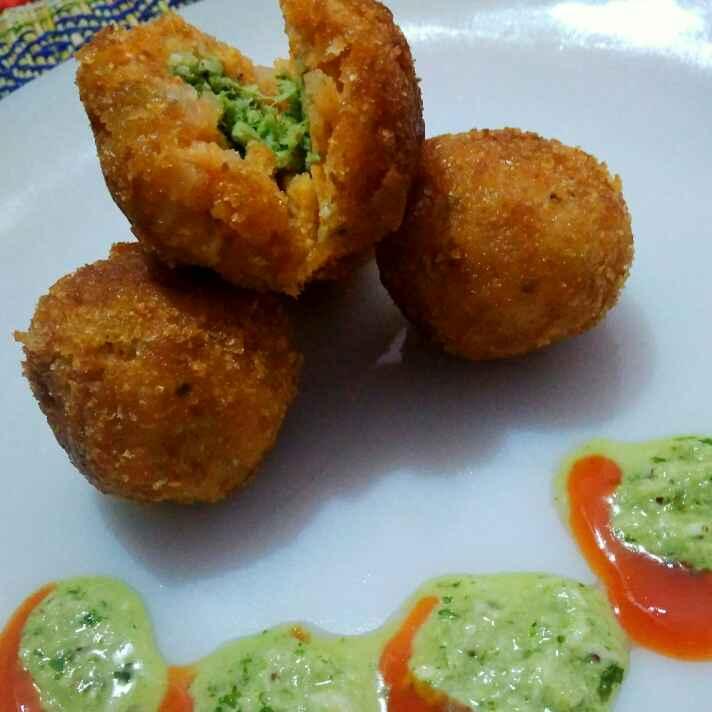 Photo of Green chatni dumpling by Juthika Ray at BetterButter