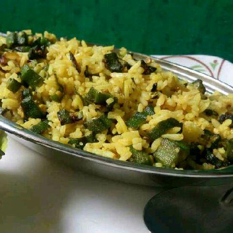 How to make Bhindi Rice / okra rice