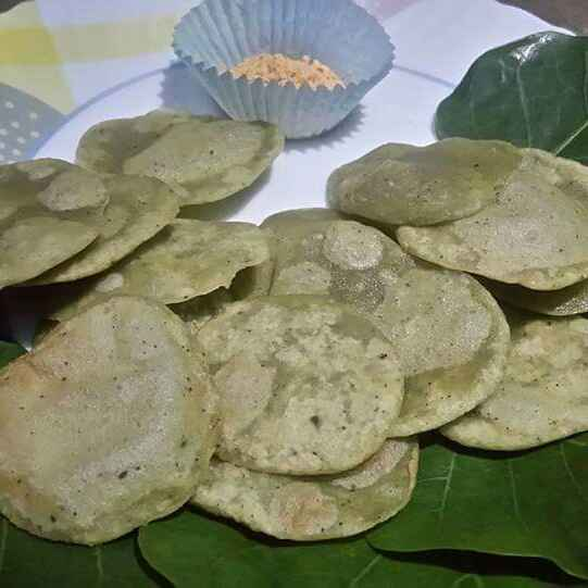 Photo of Instant Bhangarappan leaves Fritters by Juvaireya R at BetterButter