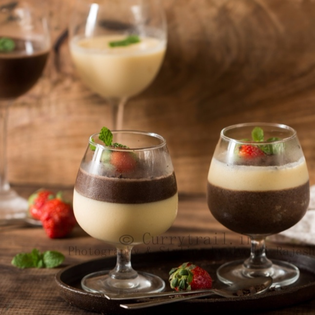 How to make Chocolate and Vanilla Panna Cotta