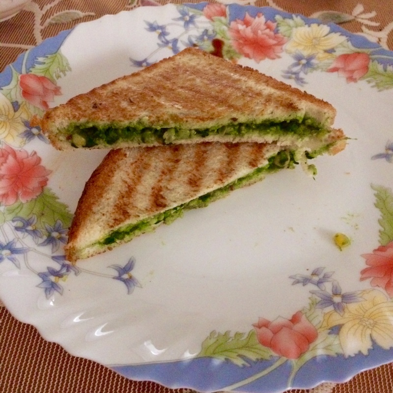 How to make Corn & Spinach Sandwich