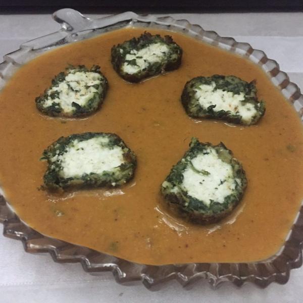 How to make Paneer Stuffed Spinach Koftas in Makhani Gravy