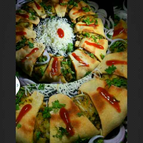 How to make Spinach potato crescent roll ring
