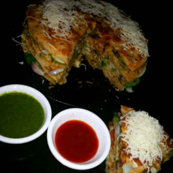 How to make Bombe chapati sendwich