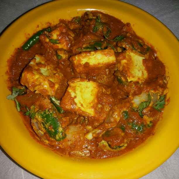 How to make Dhaba style butter paneer masala