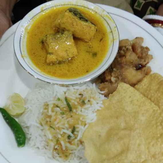 Photo of Spicy rohu fish curry with musturd.... by Kaberi Karmakar at BetterButter