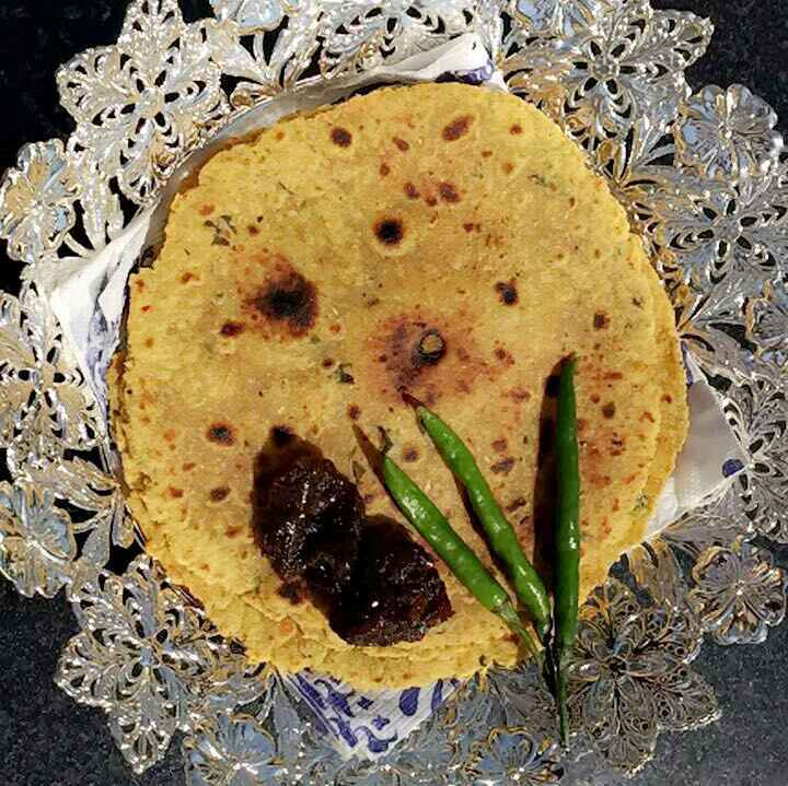 How to make Gujrati thepla
