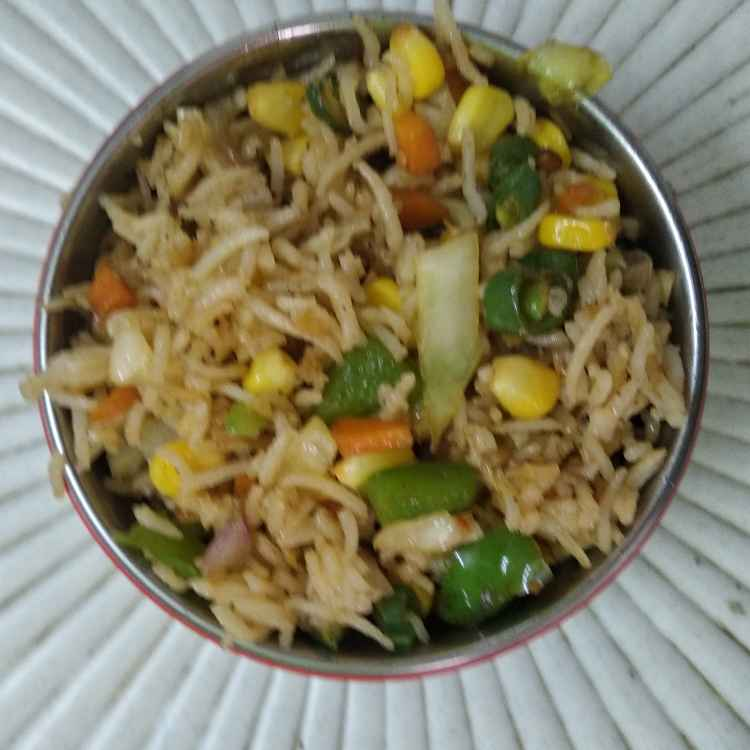 Photo of Vegetables Schezwan fried rice by Kalai vani at BetterButter