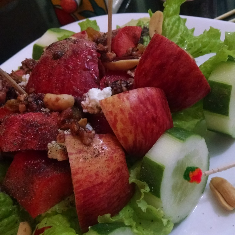 How to make Chunky and Apple Salad