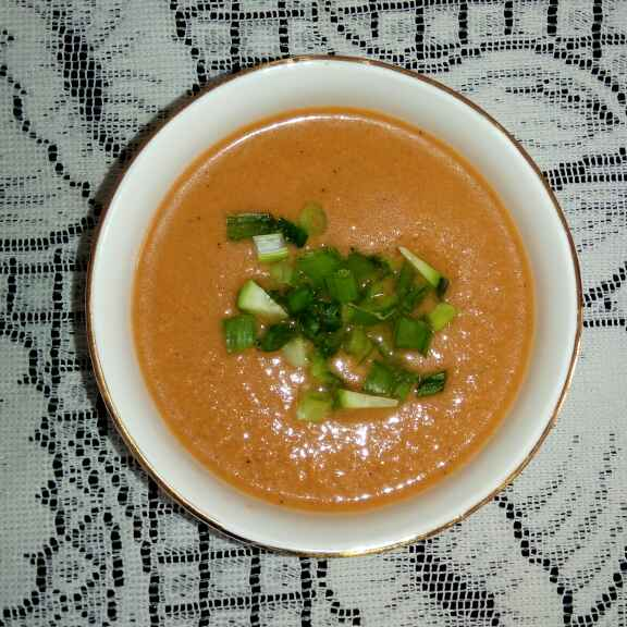 How to make Tomato Gazpacho