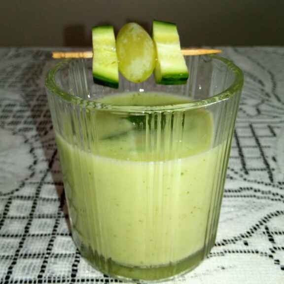 How to make Cucumber Gazpacho