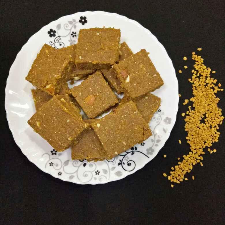 How to make Methi paak(Fenugreek squares)