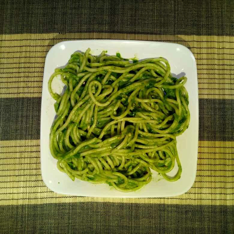 How to make स्पिनेच सॉस स्पेगेटी
