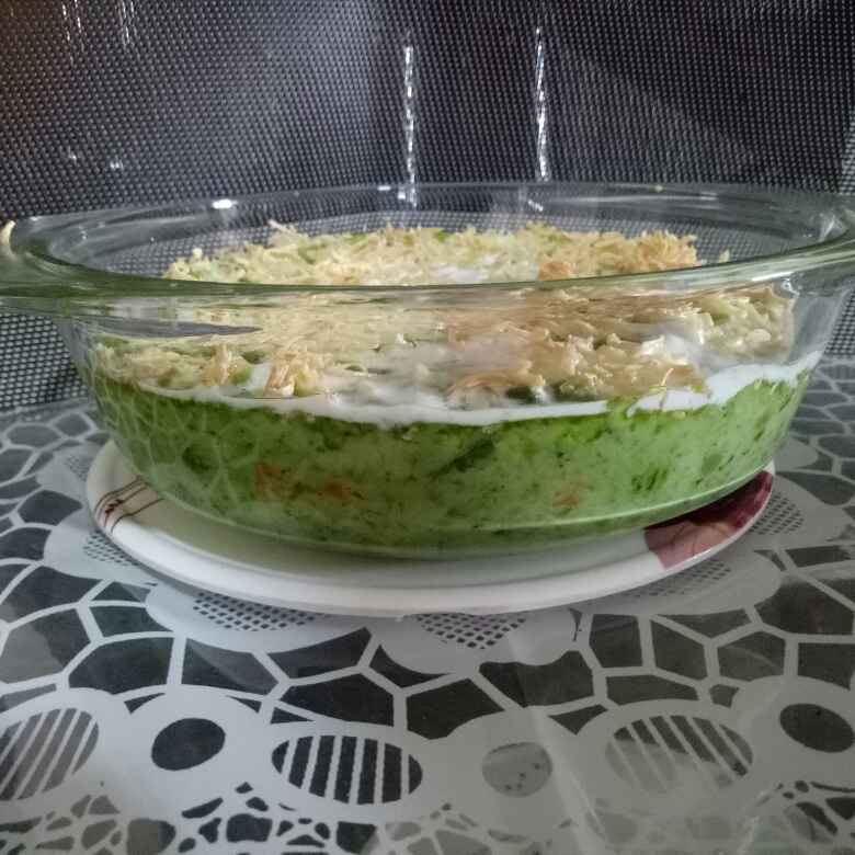 Photo of Vegetable au gratin in cheesy spinach sauce by Dr.Kamal Thakkar at BetterButter