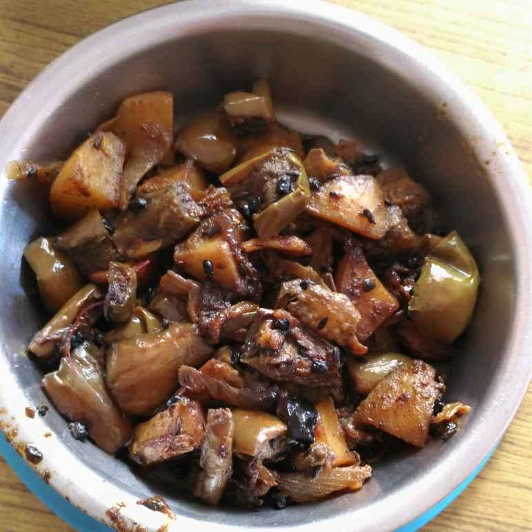 How to make Brinjal Potato Kara Curry