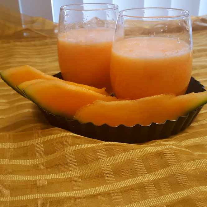 How to make agua de melon / cantaloupe agua fresca