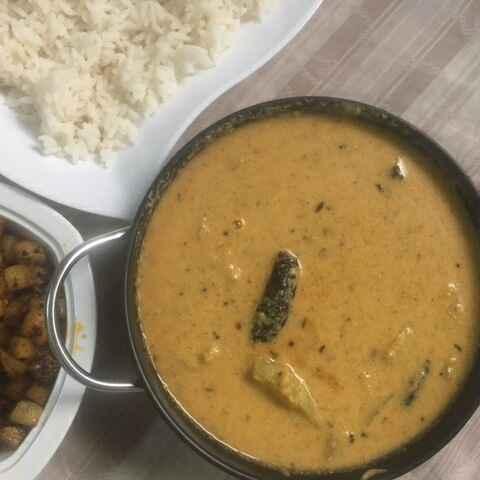 How to make Poricha kuzhambu