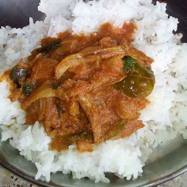 How to make Dry Fish Curry
