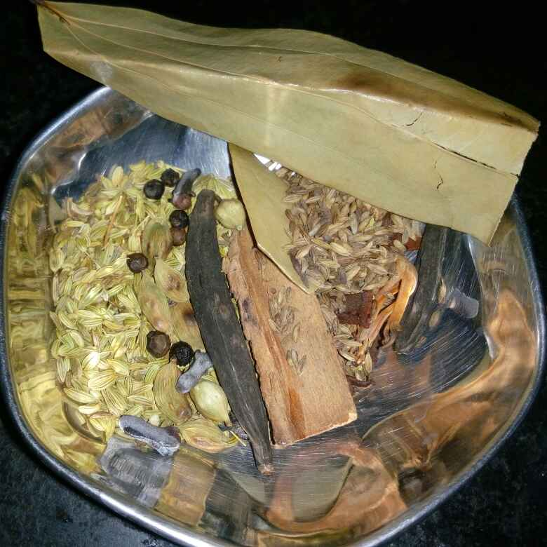 How to make Ambur special biryani masala powder