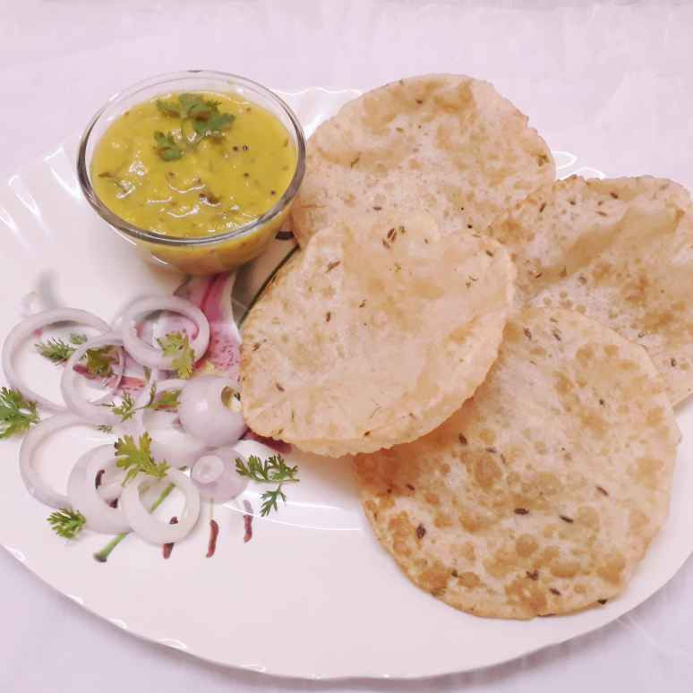 Photo of Hotel puri curry by Kathi Mamatha at BetterButter