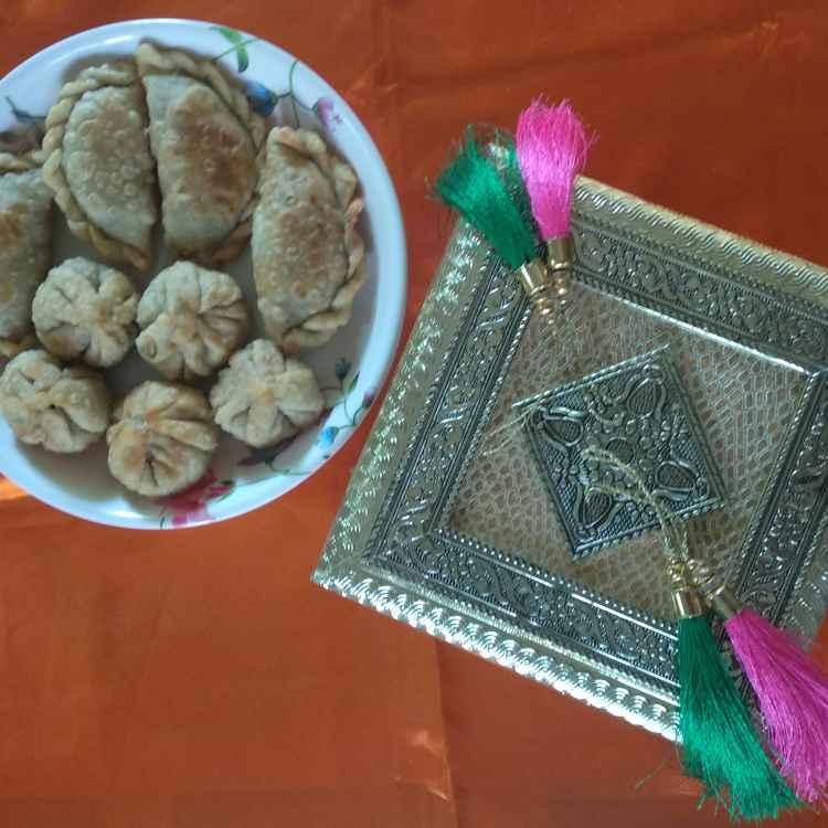 Photo of Lilva na ghughra ane kachori by Kavi Nidhida at BetterButter