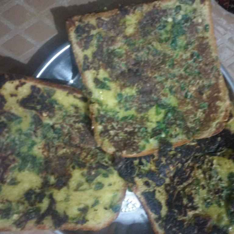 Photo of Bread besan chilla by Kavi Nidhida at BetterButter
