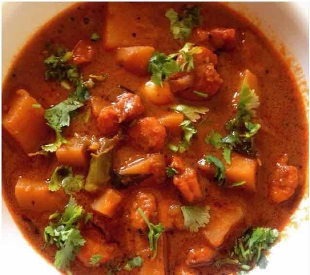 Photo of Prawn spicy curry/ Prawn Kulambu by Kavitha  at BetterButter