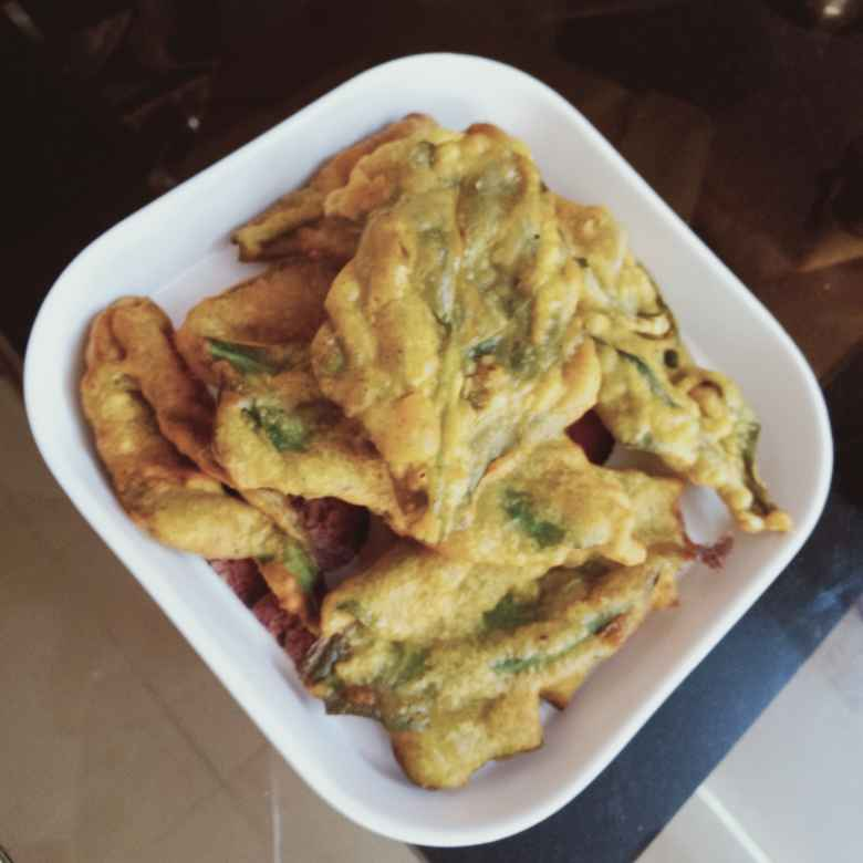 Photo of Spinach pakoda by केतकी पारनाईक at BetterButter