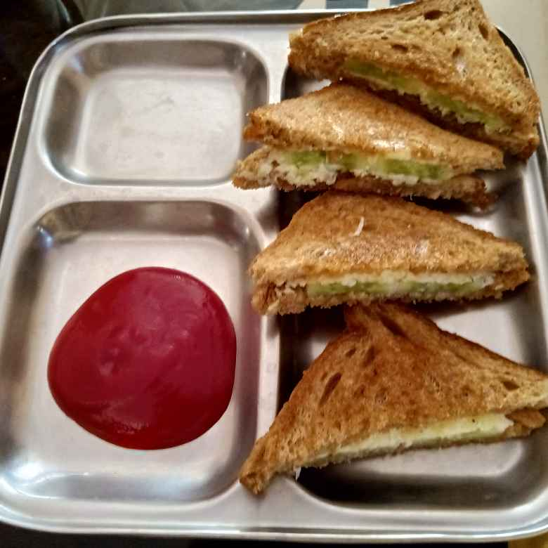 Photo of Cheezy cucumber sandwich by केतकी पारनाईक at BetterButter
