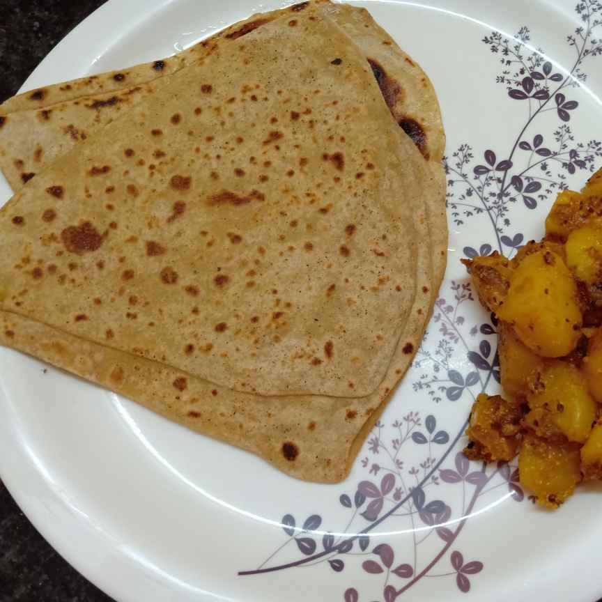 How to make Parotha Alu Chachari