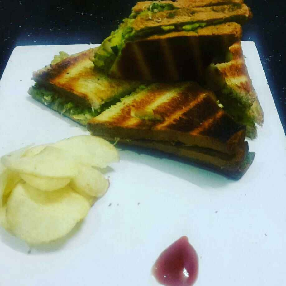 Photo of Veg cheese grilled sandwich by Khushboo Doshi at BetterButter