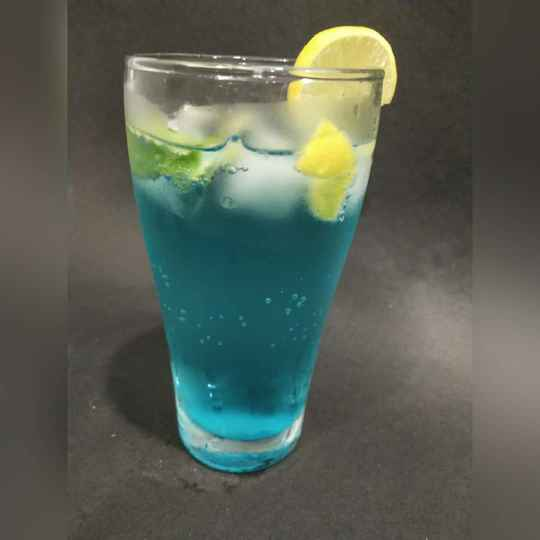 Photo of blue curacio  lemonade by Khushboo Doshi at BetterButter