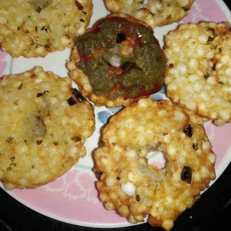 Photo of Sabudana doughnuts by Kiran Kherajani at BetterButter