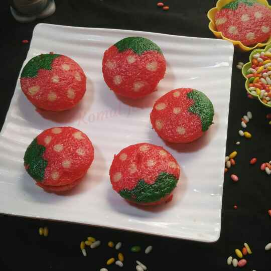 How to make Strawberry cup cake