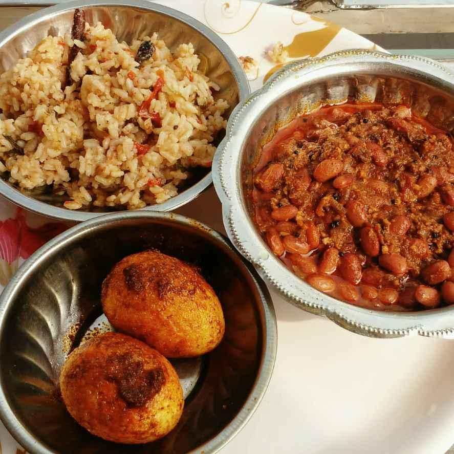 Photo of Red soya beans kurma,coconut milk briyani,Egg roast by kowsalya sanjeev at BetterButter