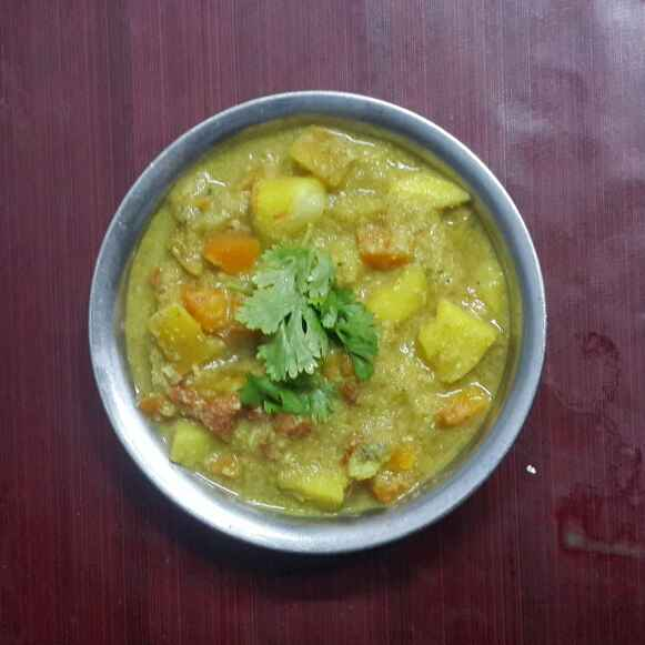 Photo of No oil simple kuruma by Krishnasamy Vidya Valli at BetterButter