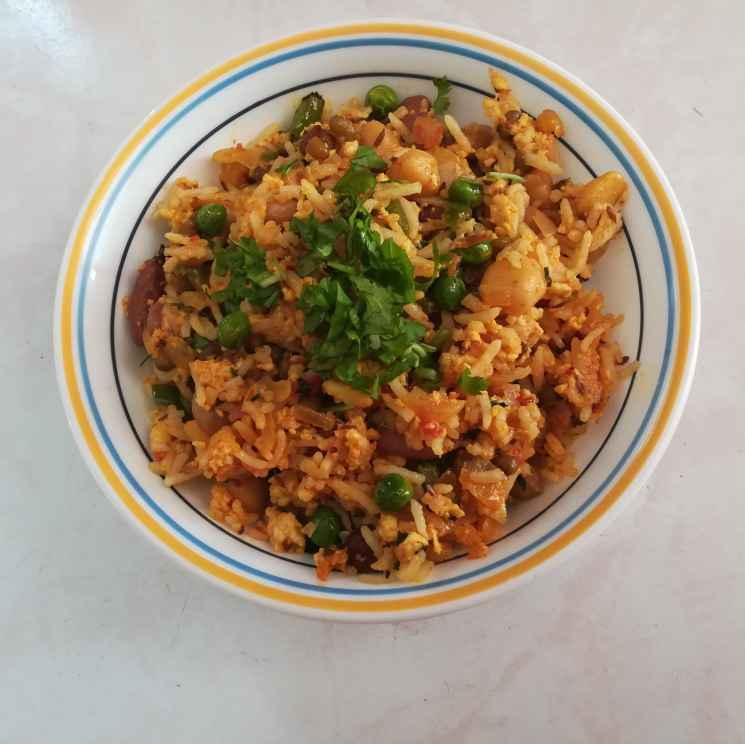Photo of Dhaniya paneer rice by Krishnasamy Vidya Valli at BetterButter