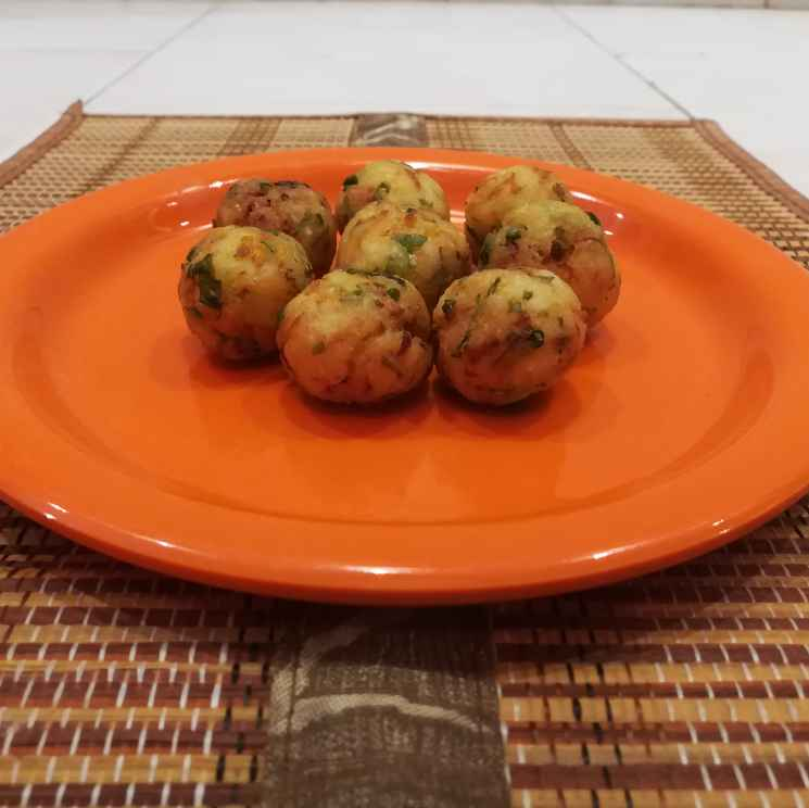 Photo of Satham bonda by Krishnasamy Vidya Valli at BetterButter