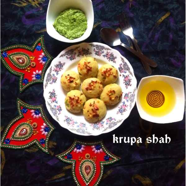Photo of Tangy Kapuriya (steamed mix flour balls) by Krupa Shah at BetterButter