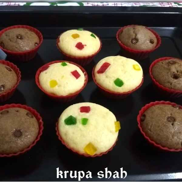 Photo of Tutti frutti and chocolate chips cupcakes by Krupa Shah at BetterButter