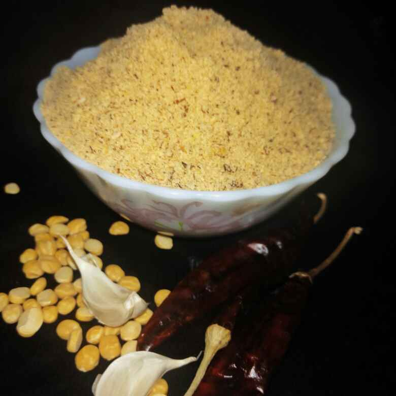 How to make Spicy Idli Podi