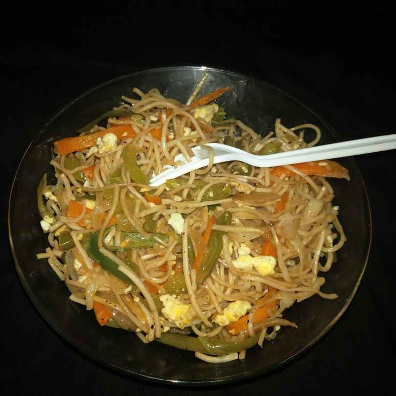 How to make Veg And Egg Noodles