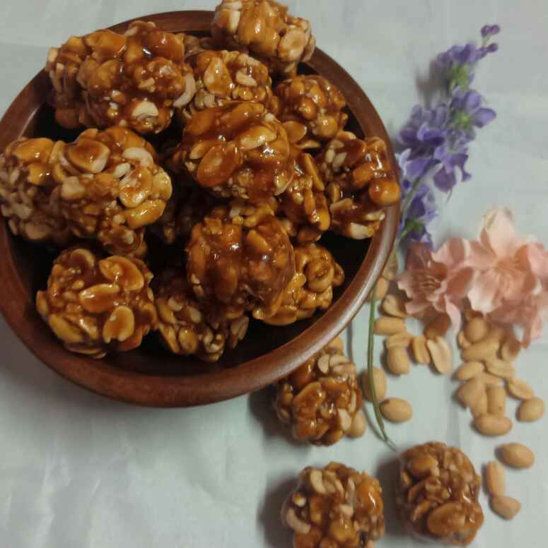 Photo of Verkadalai Urundai ( Peanut Jaggery Balls) by Kumuda Elavazhagan at BetterButter