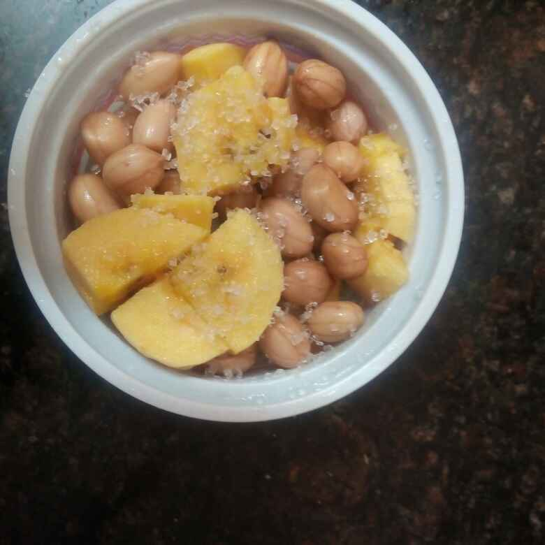 How to make Peanut banana