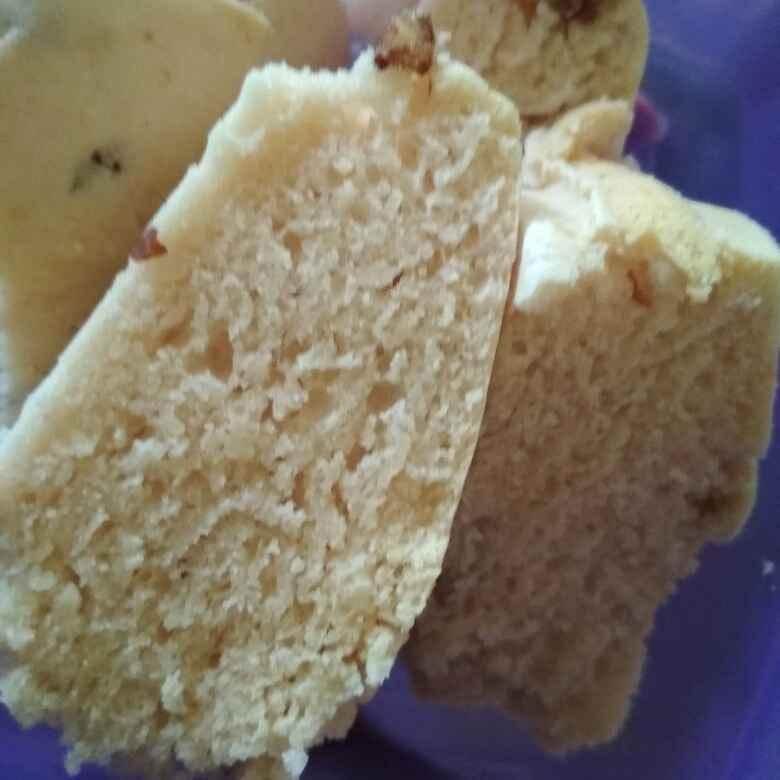 How to make Almond ice cream cake